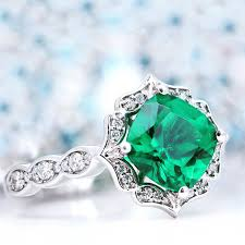 89696f011 This trend has also hit the fashion jewelry industry. Consumers can find a  variety of online jewelry stores that stock up beautiful pieces at  affordable ...